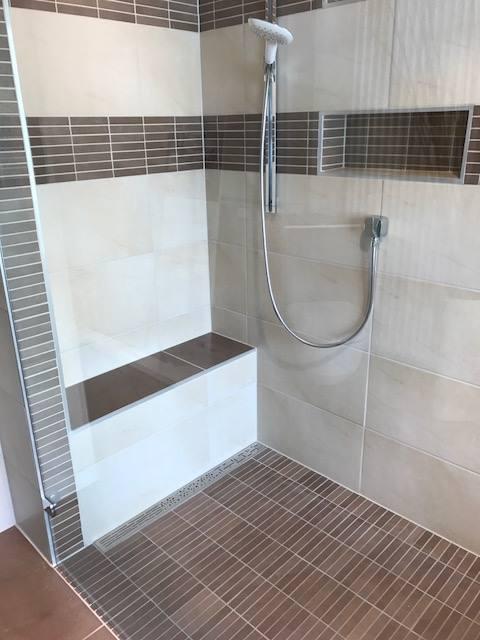 Hatten Sie Gewusst Dass Bodengleiche Duschen Zu Modernen Badern